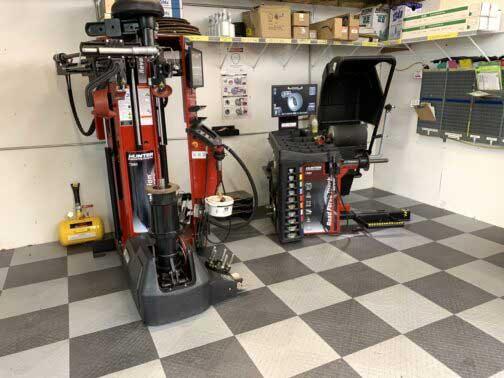 Hunter Autobody Repair Wheel and Tire Equipment